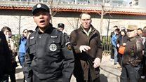 Як у Китаї напали на журналістів ВВС