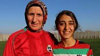 Azize Ay, 49 yaşında 'sahalara döndü'