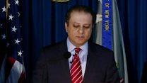 عزل مدعي نيويورك من منصبه بعد رفضه الاستقالة
