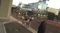 У ПАР вітер здув велосипедистів на трасі