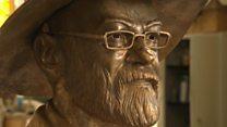 Pratchett bust unveiled ahead of statue