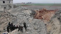 Air strike on Aleppo 'mosque'