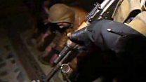 """ضباط من الجيش العراقي السابق """"يشغلون مواقع في داعش"""""""