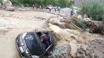 نجاة رجل من الموت بأعجوبة إثر إنقلاب سيارته في نهر ببيرو