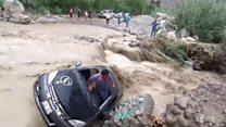 Автомобиль в Перу смыло паводком вместе с водителем