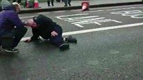 Primeras imágenes después de que un coche arrollara a al menos 4 personas en el puente de Westminster en Londres