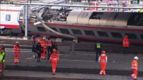 Passengers rescued after train derails