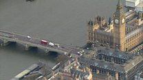 Нападение в Вестминстере: кадры с места событий
