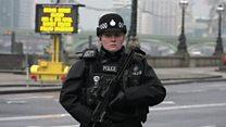 ТВ-новости: меры безопасности после нападения в Вестминстере
