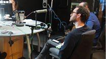 ثنائي موسيقي يبهج زوار مهرجان بي بي سي