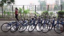 Прокат велосипедів: взяв в одному місці, повернув в іншому