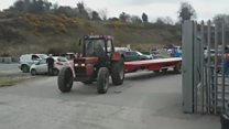Finish line for reverse-tractor record bid