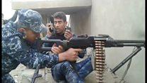جنگ شدید خیابانی در غرب شهر موصل در شمال عراق در جریان است