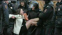 """Moskva etirazlarının əsas fotosunun qəhrəmanı: """"Mən şokda idim"""""""