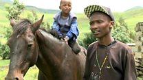 Lesotho : communion entre l'homme et le cheval