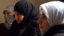 كيف تتخطى نساء إدلب الضغوط النفسية جراء الصراع في سوريا؟