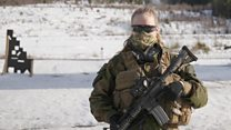 """Así es la  """"Tropa de Cazadoras"""" de Noruega , la primera fuerza de élite de mujeres en el mundo"""