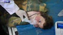 """عشرات القتلى في هجوم """"بأسلحة كيميائية"""" في خان شيخون بسوريا"""