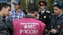 Санкт-Петербург: 'Мигрантлар ёмон қўрқувда...'