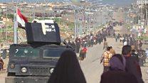 القوات العراقية تفتح ممرات آمنة لإخراج المدنيين من الموصل
