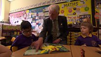 The 90-year-old teaching kids to read