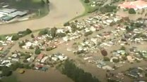 Flood residents told 'Get out and stay out'