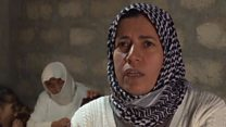 أيزيدية تعود إلى سنجار بعد هروبها من تنظيم الدولة الإسلامية