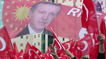 رقابت نزدیک مخالفان و موافقان تغییر قانون اساسی ترکیه در نظرسنجیها