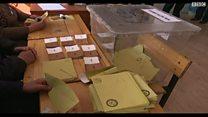 الأتراك يصوتون علي تعديلات دستورية تعزز صلاحيات الرئيس