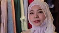 Çində hicab tabusuna qarşı çıxan qadın