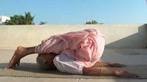 Гуттаперчевая бабушка: как преподавать йогу в 98 лет
