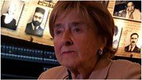 「私の父親はガス室で殺された」アウシュビッツ生存者の女性