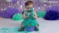 """""""سحق الكعكة"""" .. صيحة لتصويرالأطفال بتكلفة باهظة"""