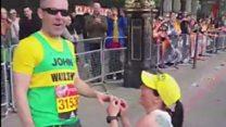 Runner proposes during London Marathon