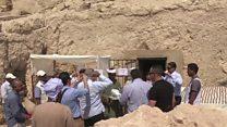အီဂျစ်မှာ ရှေးဟောင်း ဂူသင်္ချိုင်းတခုတွေ့