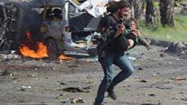 Kamerasını bırakıp iki çocuğun hayatını kurtaran Suriyeli gazeteci