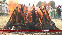 انڈيا ميں پاکستان کے خلاف کارروائي کا مطالبہ، کشيدگي کے دوران ڈي جي ايم اوز کا رابطہ