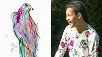La increible habilidad para pintar de una adolescente con parálisis cerebral