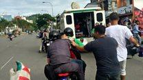 El momento en que llevan al joven Armando Cañizales hasta una ambulancia en Caracas