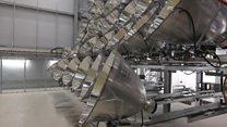 Alemães criam 'maior sol artificial do mundo' dentro de galpão