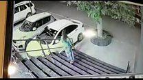 लखनऊः सीसीटीवी में क़ैद हुआ महिला पर हमला