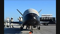 Avião espacial americano retorna de missão secreta após dois quase anos em órbita