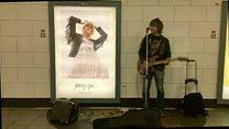 London, nghề hát rong và cuộc thi cho các nghệ sĩ trẻ