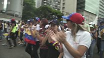 Dân Venezuela cho biết lý do biểu tình
