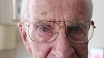 Aprende inglés: los secretos del hombre de 105 años que todavía trabaja