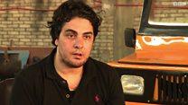 """شاب مصري يصنع سيارة تنافس الـ""""توك توك"""""""
