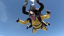El hombre de 101 años que batió el récord mundial de tirarse en paracaídas