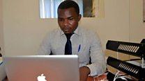 Kijana wa Rwanda aiyetajirika kupitia Facebook