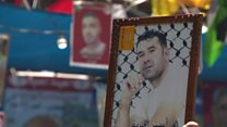 معتقلون فلسطينيون مضربون عن الطعام يمتنعون عن شرب المياه