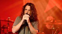 Chris Cornell meninggal 'karena gantung diri'